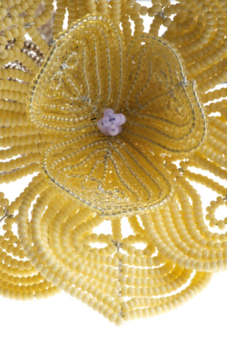 Detail of magnolia in advanced French bead tecnique with Czech seed beads. Made by Diane Baron,USA.